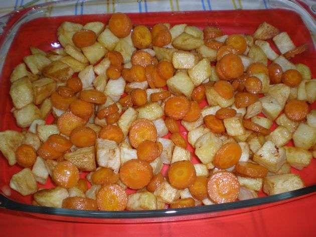Papas y zanahorias fritas